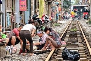 train-hanoi-habitants-600x400